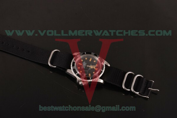 Rolex Submariner Vintage 2836 Auto Black Dial with Steel Case - 5513